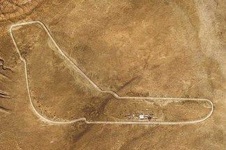 Η BMW έφτιαξε μία... Μόντσα στην Σαχάρα! (Video)